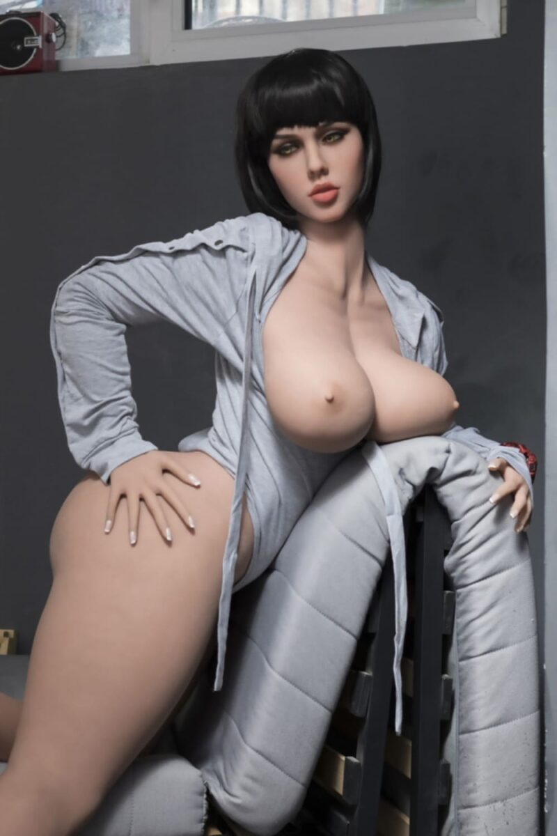 boomshell best seller curvy cheap sex doll in stock US. 5